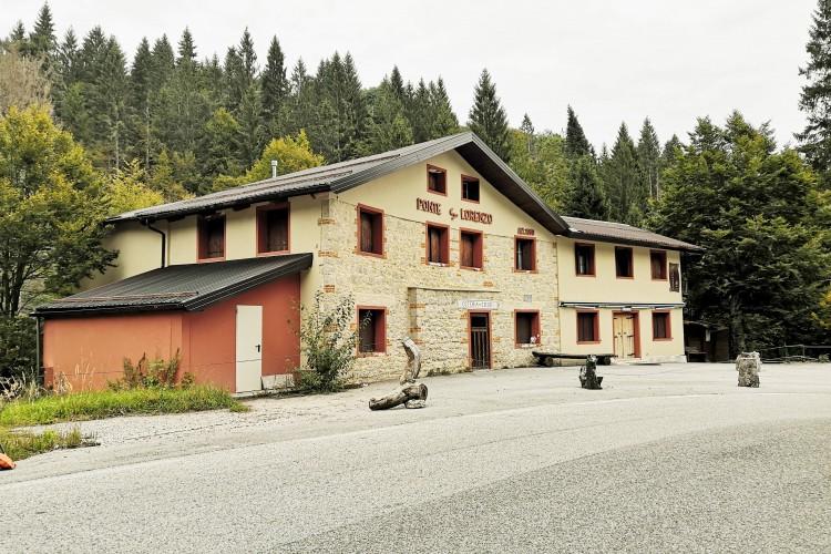 STORICO LOCALE RISTORANTE ED HOTEL ZONA MONTE GRAPPA